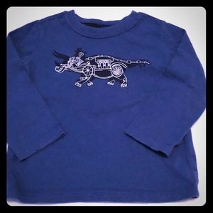 🦖Gap Dino robot shirt 2T long sleeve 5/$25🎉sale